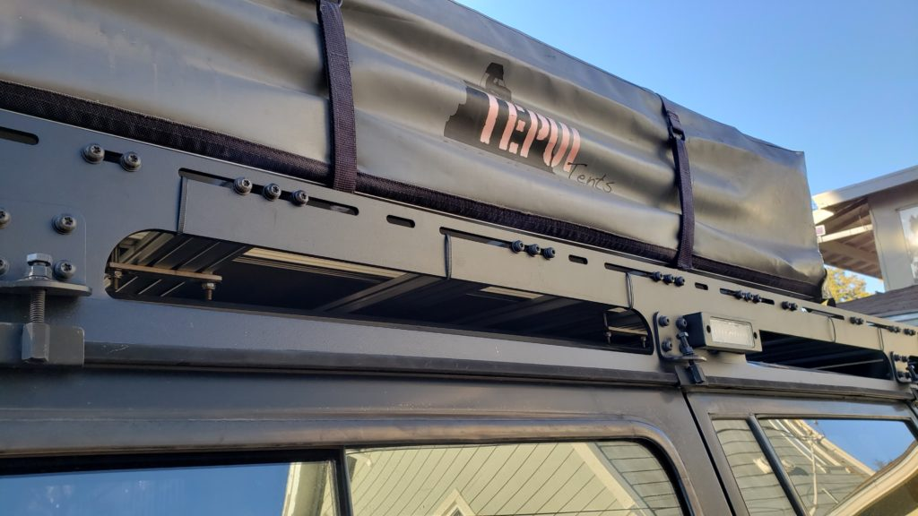 Prinsu rack with Maxxima scene lights mounted